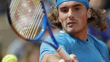 Τσιτσιπάς: «Γιατί νιώθω ότι ξαφνικά όλοι παρακολουθούν τένις;»
