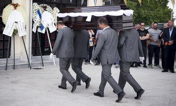 Κηδεύτηκε ο Γιώργος Ξενίδης (pics)