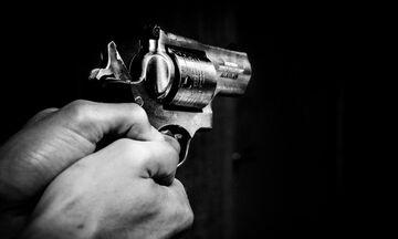Συναγερμός στη Γλυφάδα - Νεκρός από πυροβολισμούς