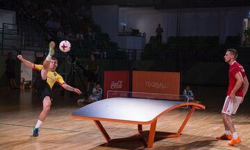 Viral: Αυτό το επιτραπέζιο παιχνίδι με μπάλα θα σε κάνει να τα χάσεις (vid)