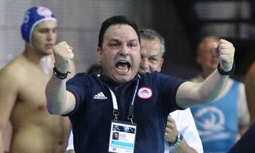 Βλάχος: «Μας ωθεί σε ξέφρενους ρυθμούς ο κόσμος του Ολυμπιακού!»