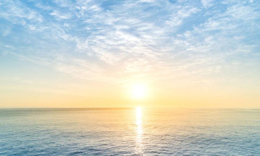 Κρατά... γερά ο καλοκαιρινός καιρός – Μικρή πτώση θερμοκρασίας