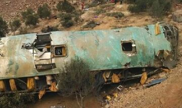Toύμπα θανάτου για δέκα επιβάτες λεωφορείου στη Βραζιλία (vid)
