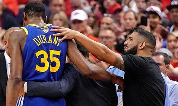 Ο Drake προσεύχεται για τον Ντουράντ! (pic)
