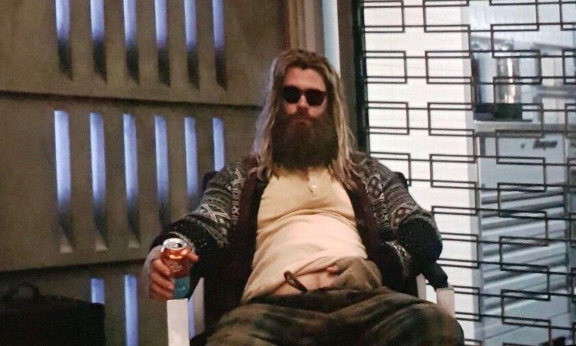 Ο «Fat» Thor διασκευάζει Johhny Cash *spoiler alert*