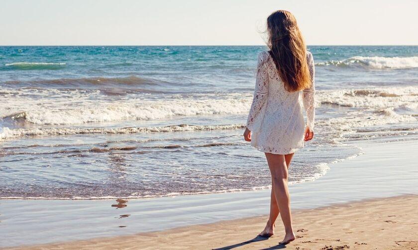 ΠΑΚΟΕ: Αυτές είναι οι ακατάλληλες παραλίες της Αττικής - Κάποιες με «γαλάζια σημαία»