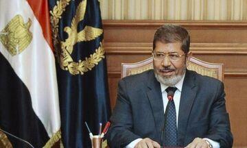 Πέθανε στο δικαστήριο ο πρώην πρόεδρος της Αιγύπτου, Μοχάμεντ Μόρσι