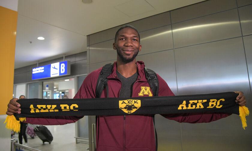 Εμπάκουε για ΑΕΚ: «Χαράμισα δύο μήνες παίζοντας απλήρωτος»