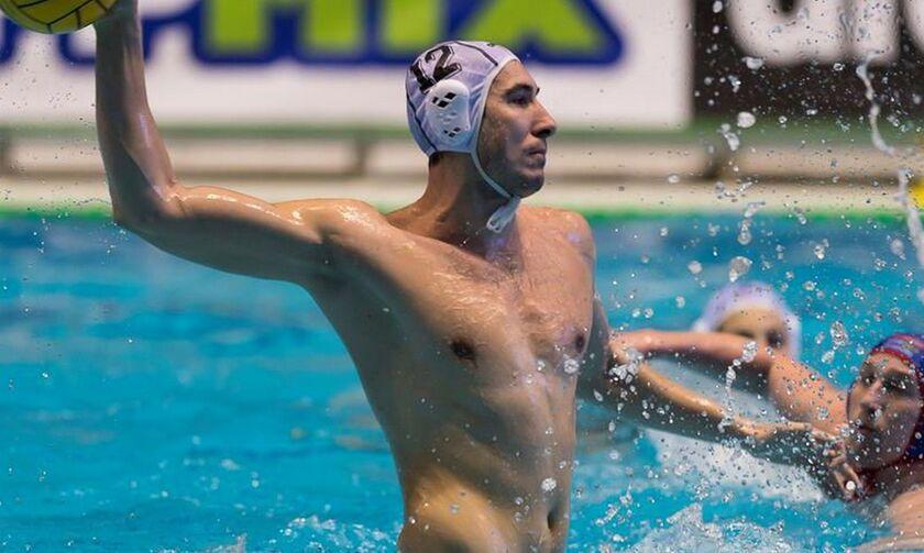 Χατ τρικ ο Μίτροβιτς του Ολυμπιακού, στην ευρεία νίκη της Σερβίας