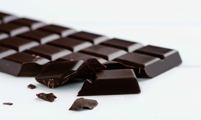 Ποια μαύρη σοκολάτα ανακαλεί ο ΕΦΕΤ