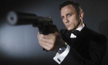 Ο James Bond βγήκε βόλτα... στους δρόμους του Λονδίνου (vid&pic)