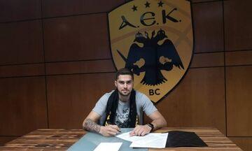 H AEK ανακοίνωσε τον Βασίλη Τολιόπουλο (pic)