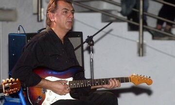 Πέθανε ο κιθαρίστας και συνθέτης των Socrates Γιάννης Σπάθας (vids)