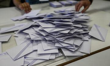Οι 12 που εκλέγονται από τα ψηφοδέλτια Επικρατείας