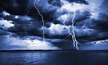 Έκτακτο δελτίο ΕΜΥ: Καύσωνας και... καταιγίδες