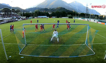 Παρακάμερα Αμβούργο - Ολυμπιακός: Το high-five και το άλμα του Σεμέδο