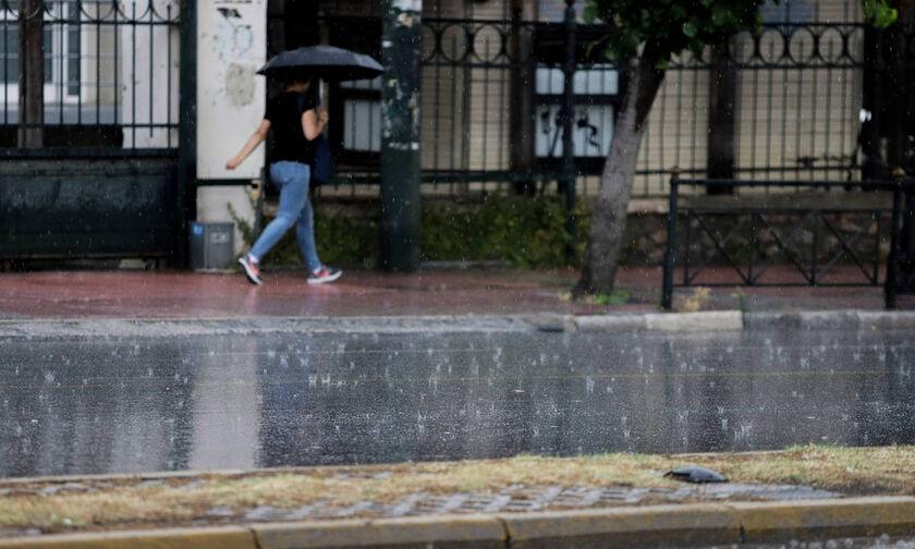 Κακοκαιρία «ΑΝΤΙΝΟΟΣ» : Ισχυρές βροχές και καταιγίδες έως την Τετάρτη (pics & vid)