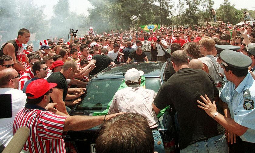 16/7/1999: Ο «μάγος» Τζιοβάνι στην Ελλάδα για τον Ολυμπιακό! (vid+pics)