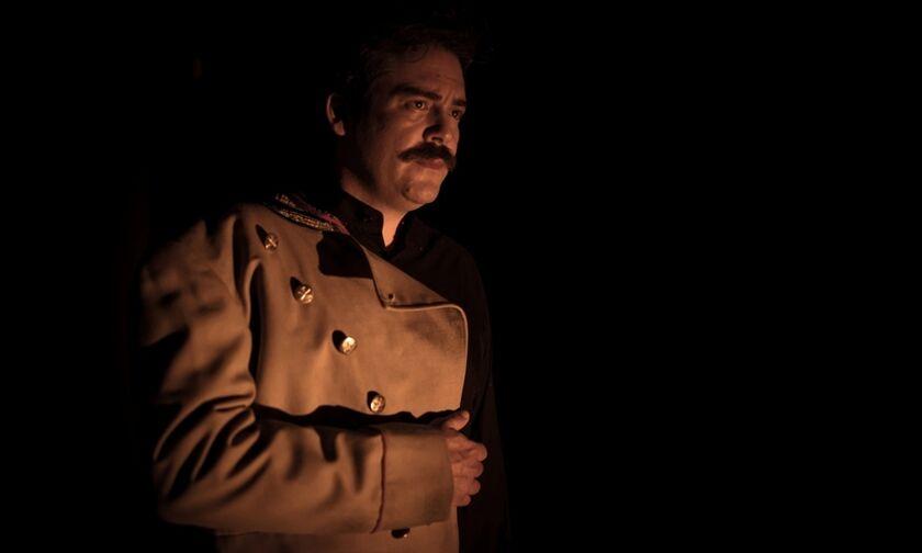«Πόλεμος και Ειρήνη»: Οι ήρωες του Τολστόι ζωντανεύουν στο θεατρικό σανίδι