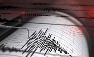 Σεισμός στην Αθήνα: Εντολή εκκένωσης δημόσιων κτηρίων