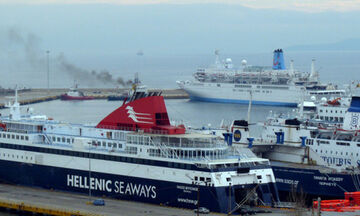 Πειραιάς: Αλλαγές στα δρομολόγια των πλοίων λόγω σεισμού