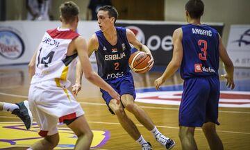 «Σκέπασε» τα καλάθια ο Ποκουσέφσκι στη νίκη της Σερβίας (vid)