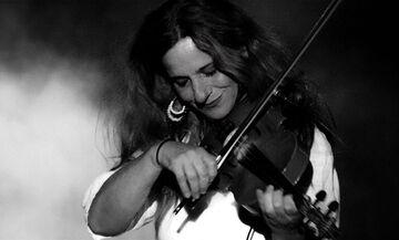 Η Ευανθία Ρεμπούτσικα έρχεται για «μια βραδιά στην πόλη» στο Βεάκειο Θέατρο Πειραιά