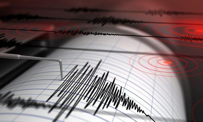 Σεισμός: Καθησυχαστικός εμφανίστηκε ο Ευθύμης Λέκκας για τον σεισμό στην Κάρπαθο