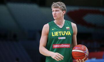 Σερβία - Λιθουανία 72-68: Ο Κουζμίνσκας κάρφωσε μπροστά στον Μαριάνοβιτς! (vid)