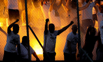 Ατρόμητος - Λέγκια 0-2: Έκαναν τη... νύχτα-μέρα οι Πολωνοί οπαδοί! (pics)