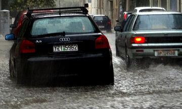 Ουρές χιλιομέτρων στη Χαλκιδική από ξαφνικό μπουρίνι - Δεν έβλεπαν μπροστά τους οι οδηγοί! (vid)