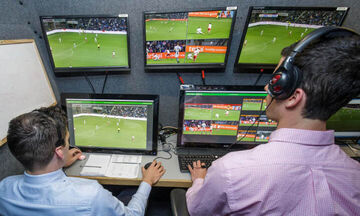 VAR στη Super League: Πώς λειτουργεί και πότε παρεμβαίνει