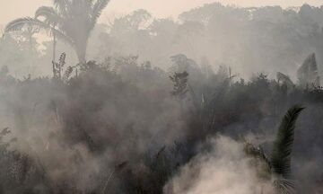 Βραζιλία: Ο ουρανός δεν σκοτεινιάζει ποτέ καθώς ο Αμαζόνιος φλέγεται (pics)