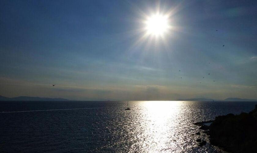 Καιρός: Αίθριος - Σε υψηλά επίπεδα η θερμοκρασία