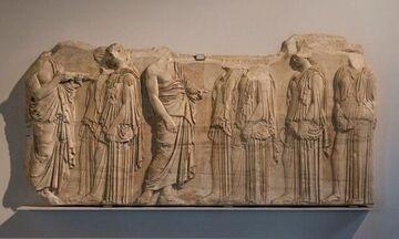Στο Μουσείο της Ακρόπολης γλυπτά του Παρθενώνα από το Λούβρο