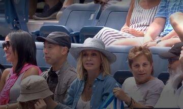 H Bίσση παρακολουθεί τον Τσιτσιπά στο U.S Open (pics)