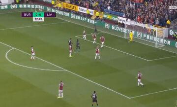 Μπέρνλι - Λίβερπουλ: Απίστευτο γκολ του Αλεξάντερ-Αρνολντ! (vid)