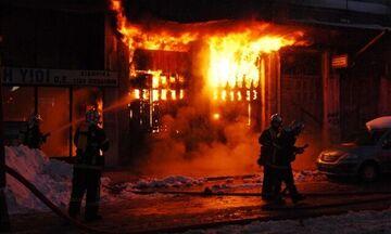 Ζάκυνθος: Μεγάλη φωτιά στα κτίρια του ΦΟΔΣΑ κοντά στο αεροδρόμιο!