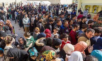 Μυτιλήνη: Επιχείρηση μετακίνησης 1.500 προσφύγων και μεταναστών