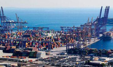Το success story του λιμανιού του Πειραιά και τα σχέδια της Cosco