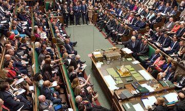 """Πρώτο """"ναι"""" για την αναβολή του Βrexit"""