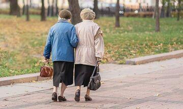 Άλιμος: Μια 81χρονη έστειλε στο νοσοκομείο 95χρονη και οδηγήθηκε στο Ψυχιατρείο !