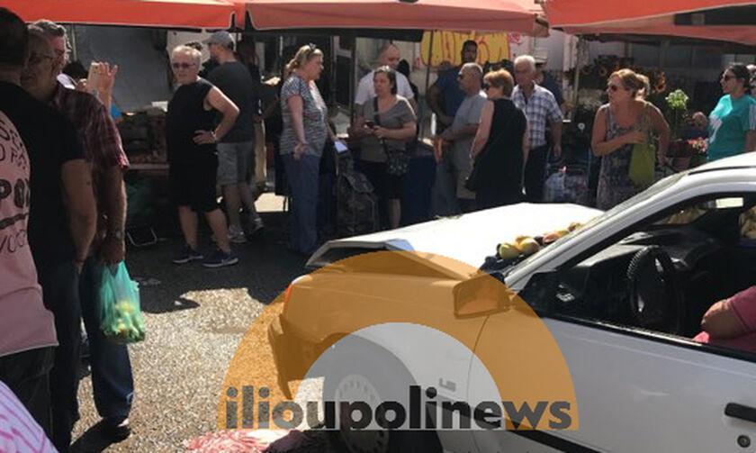 Αυτοκίνητο μπούκαρε σε λαϊκή αγορά της Ηλιούπολης - 3 τραυματίες (vids)