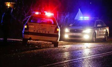Οδηγός ΙΧ πυροβόλησε κατά τουριστικού λεωφορείου στο Κάραβελ