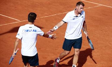 Davis Cup: Ήττα χωρίς κόστος για Τσιτσιπά, Καλοβελώνη (vid)