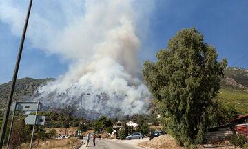 Εκκενώθηκαν μονή και γηροκομείο στο Λουτράκι εξαιτίας της πυρκαγιάς