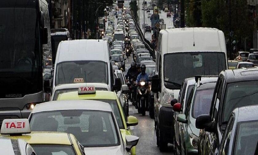 Κυκλοφοριακό χάος - Κλειστή η Βεΐκου