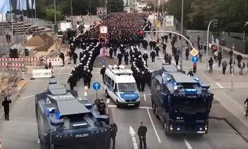 Ζανκτ Πάουλι - Αμβούργο 2-0: Πολεμική ατμόσφαιρα στο ντέρμπι του μίσους (pics+vid)