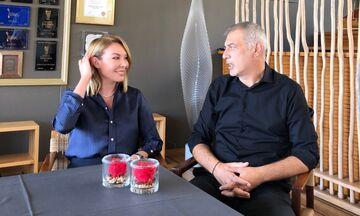 Ο Γιάννης Μώραλης εξηγεί στην Τατιάνα Στεφανίδου πως έσωσε τη ζωή της αδερφής του (vid)