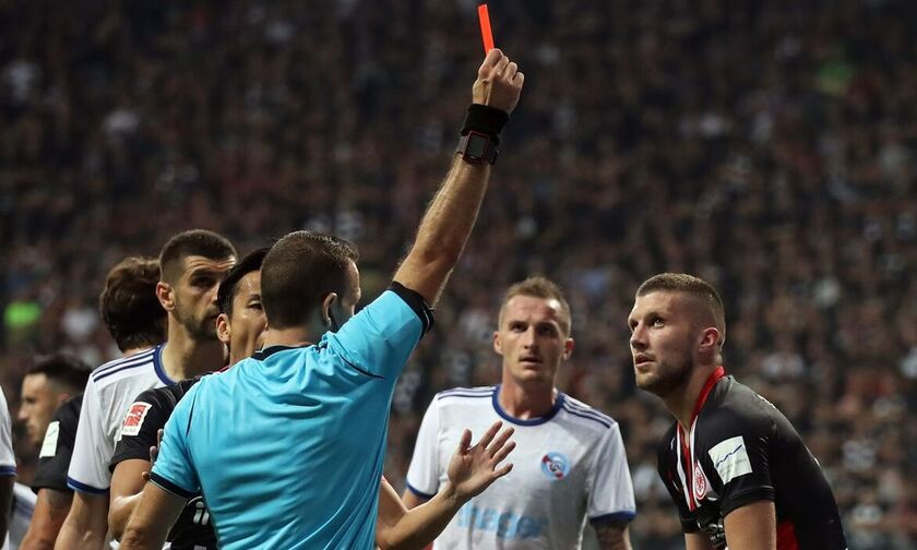 «Καμπάνα» πέντε αγωνιστικών στον Ρέμπιτς από την UEFA!